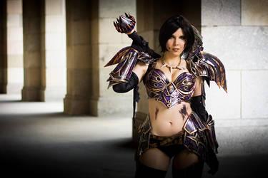 Warrior Tier 5 - World of Warcraft by KamuiCosplay