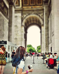 Arc De Triomphe  by khanf