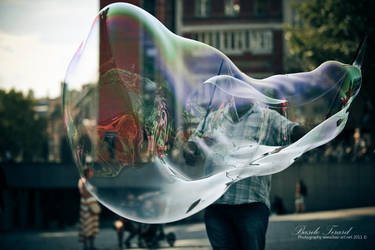 Mr bubble 'dreammaker' by Basile-Tirard