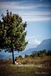 femme sous un arbre by Basile-Tirard