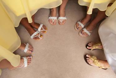 Feet by ArtlessHmmmm