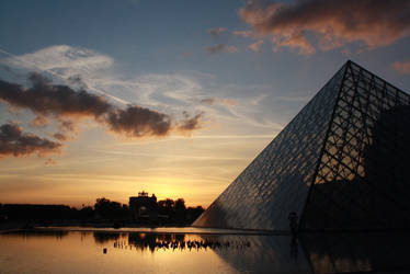 When The Sun Sets In Paris by VLoZtY
