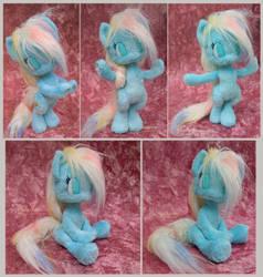 My little anthro pony - handmade plushie by Piquipauparro