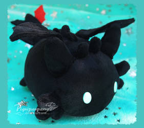 Mochi Toothless - handmade plushie by Piquipauparro