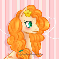 Buttercup (My little Pony) by SeaSlain