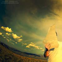 Keep A Piece Of Sky by oO-Rein-Oo