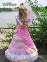 Princess Peach at Animagic2010 by Sorayachi