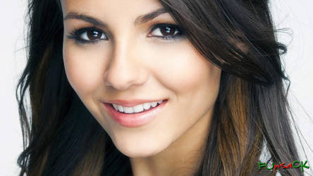 Victoria Justice 09 Apr 2012 by maxmk04