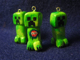 Creeper Charms by zynwolf