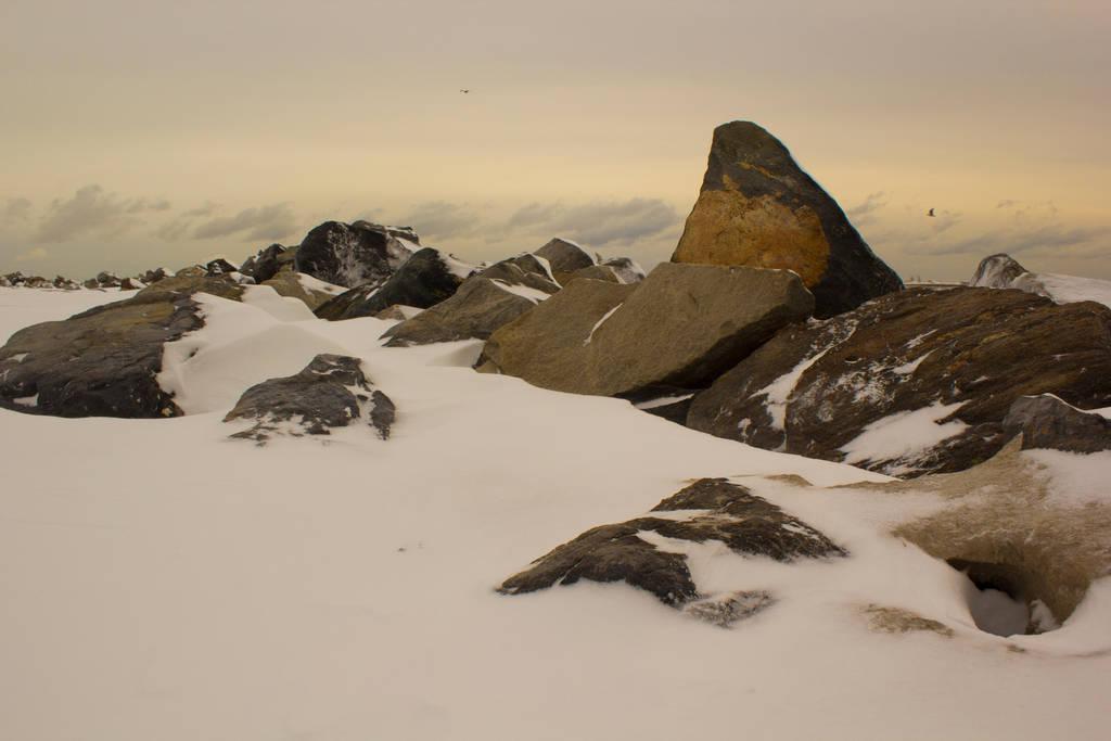 Snowy Beach 7 by editingninja