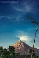 Merapi Mountain by gifgof