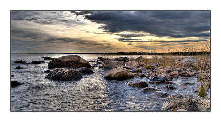Norrland - The sea by AnteAlien