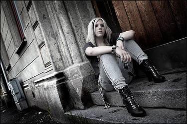 Rockgirl by AnteAlien