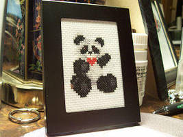 Panda by Sirithre