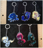 My little Pony Acrylic charms by Mana-Kyusai