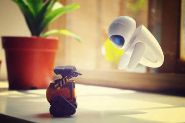 WALL-E and EVE by suyi451