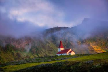 Vik Church by paulmp