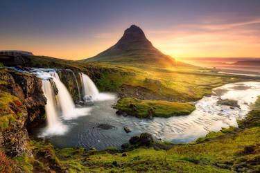 Kirkjufellfoss, Iceland by paulmp