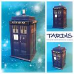 TARDIS papercraft by Lyrin-83