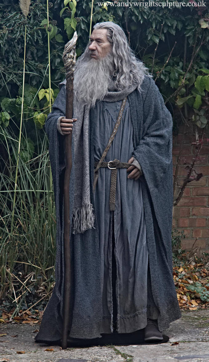 Gandalf statue 2 by artyandy