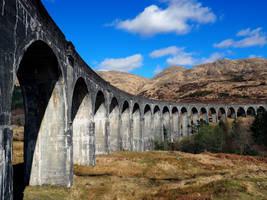 Glenfinnan Viaduct by Enlothien