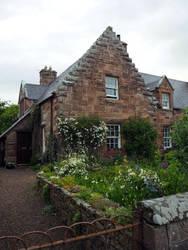 Cottage in Golspie by Enlothien