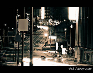 Kreuzung bei Nacht by CLB-Photography