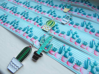 Cactus chokers by KleeNoodle