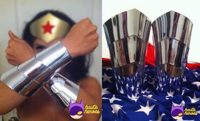 Deluxe Wonder Woman Cuffs by teenygeek