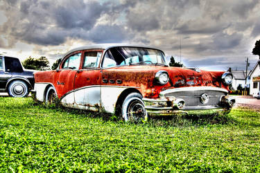 Old car HDR by Guardwill