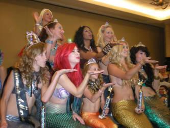 Mermaid Pageant Kisses by onelilmermaid
