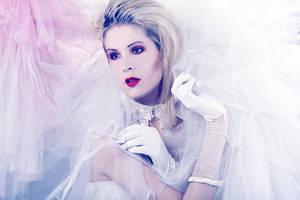 white web by LadYale