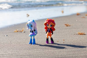 Trixie and Sunset Stranded Comment Points Contest by AquilaTEagle