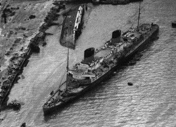 Two damaged liners. by maldonadoj971