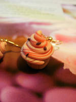 Strawberry Swirl Cupcake earrings - gold plated by moonwolf17