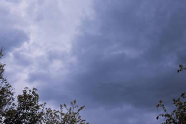 Blue sky by ebbixx