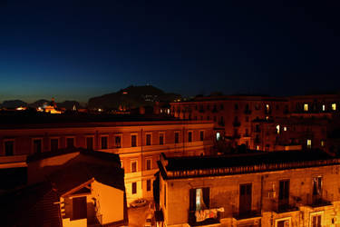 Tetti di notte by XElYX