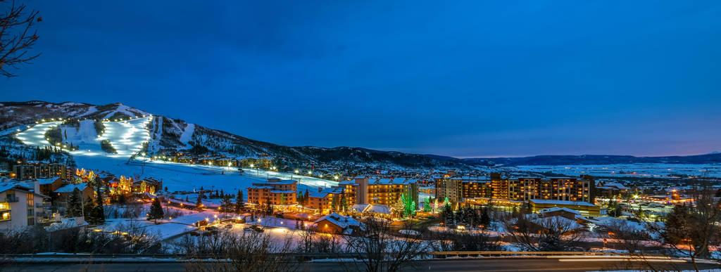 Night skiing by gon4u