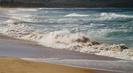 Shoreline dash by LadyGhostEyes