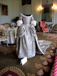 18th century dress by April-Mo