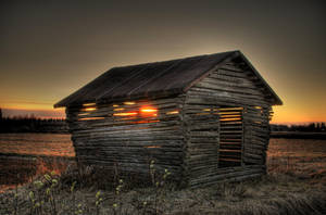 Barn and sunset by Kaukkari