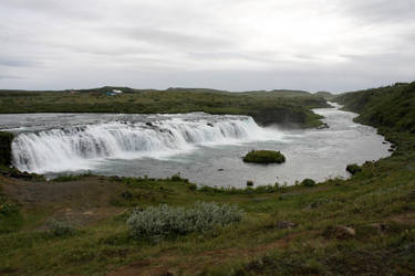 Waterfall by yrpa