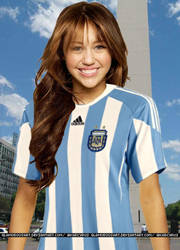 Miley Cyrus Argentina by glamorousart