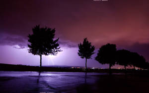 Lightning 2560x1600 by hermik