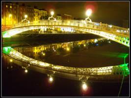 Bridge on Liffey by w4nderlust