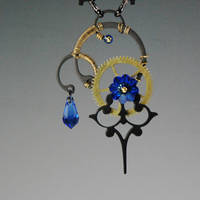 Nyx v9 Necklace- SOLD by YouniquelyChic