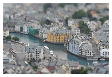Miniature City by snader