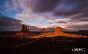 Monument Skys by tassanee