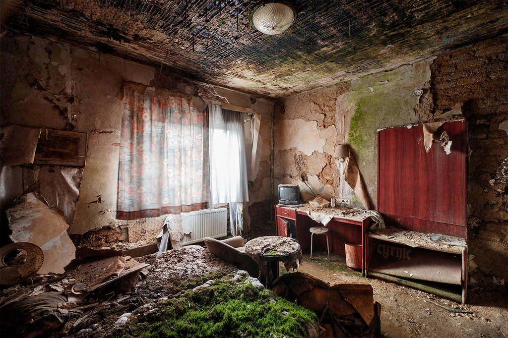 Berghotel Deluxe by CyrnicUrbex