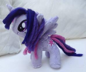 Mini Alicorn Twilight by DraglaPlushies